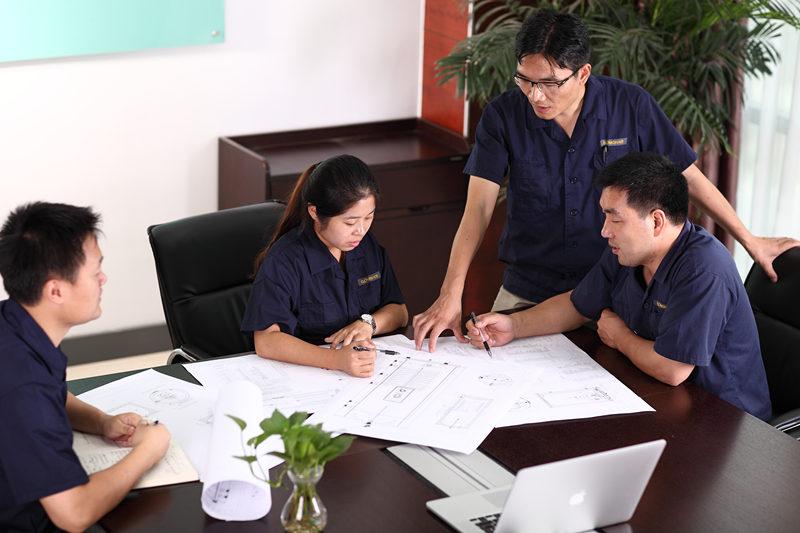 免费系统设计和报价我们的GOMON技术团队提供免费设计和报价服务。我们随时为您提供帮助,并在需要的地方提供建议,只需给我们打电话或发电子邮件,我们就可以开始了。我们的GOMON技术团队将专门为您的家庭设计热水系统。我们很高兴为您提供最佳系统解决方案,以实现您的目标,即使这意味着推荐替代热水解决方案。